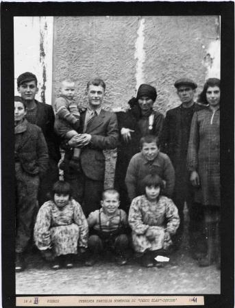 """Premiata famiglia numerosa di """"Checo Elar"""" Devidè"""